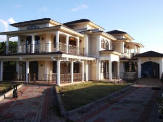 Poudre d'Or - Building - Rent