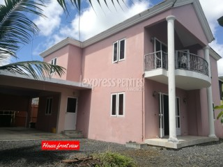 Trou d'Eau Douce - House / Villa - Buy