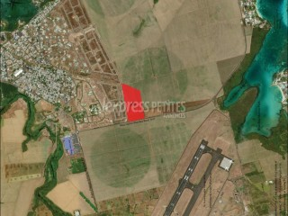 Beau Vallon - Agricultural Land - Buy