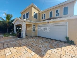 Coromandel - House / Villa - Buy