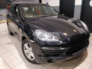 Dealership Second Hand Porsche Cayenne 2011